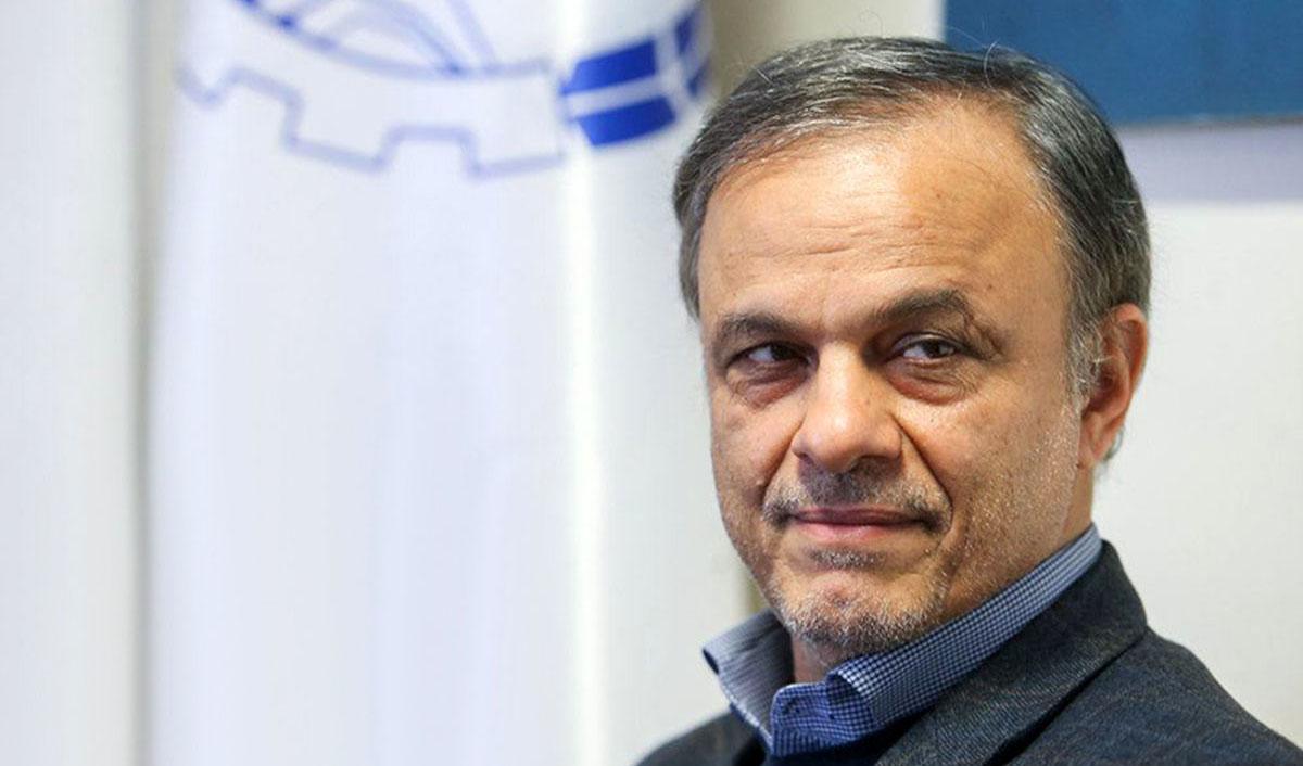 تاکید وزیر صمت بر ترخیص سریع کالاهای انبارشده در بنادر کشور