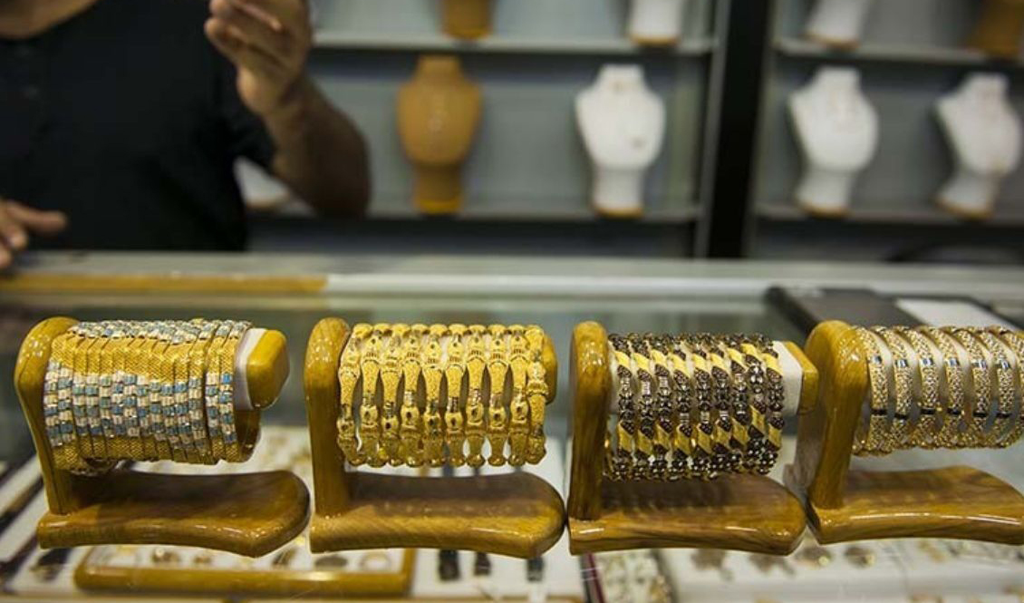 کاهش قیمت طلا با وجود تعطیلی بازار