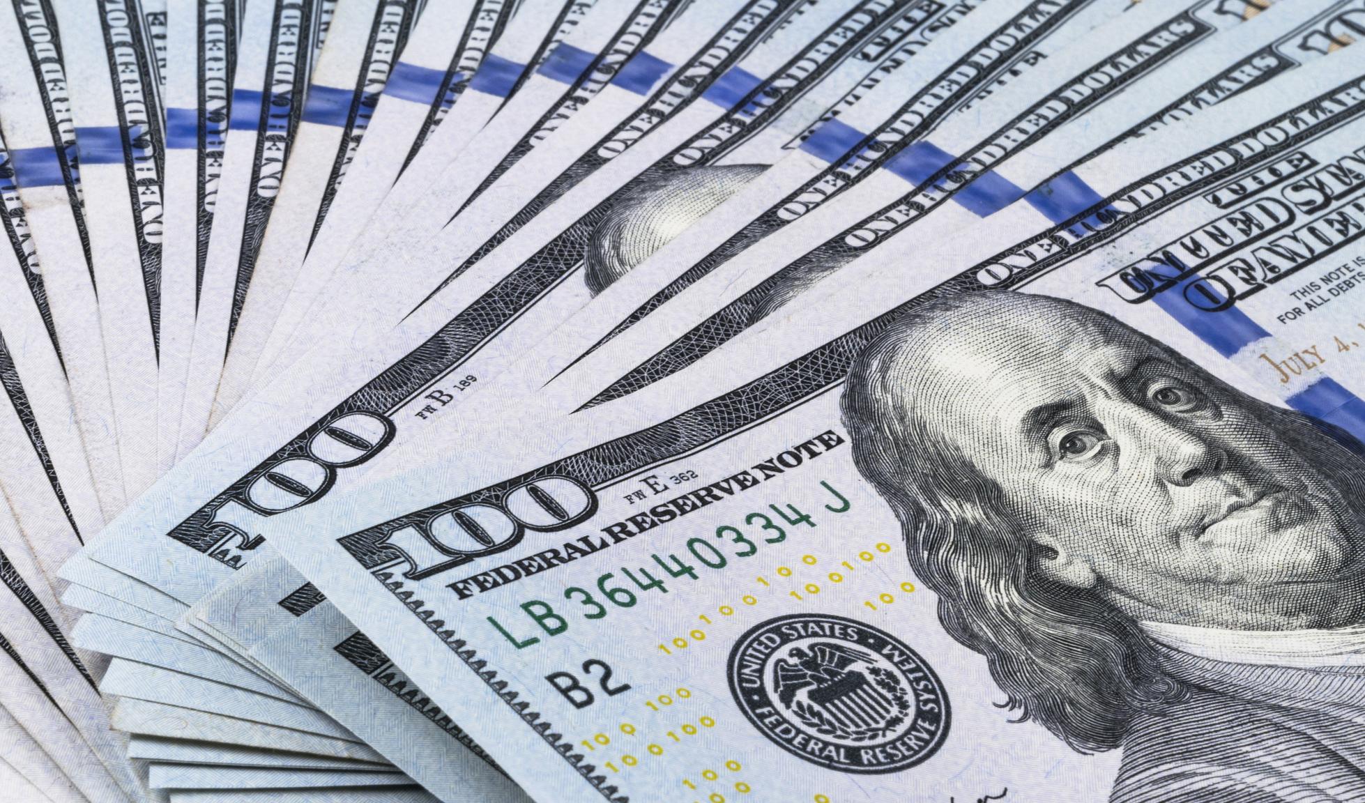 ابر ریزش دلار پس از سه سال