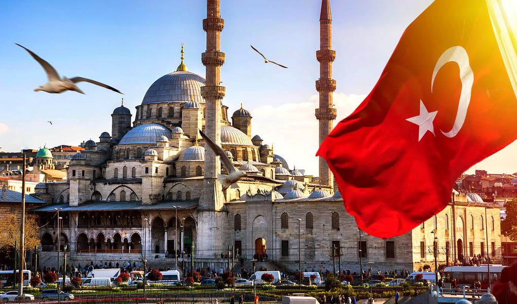 کاهش ٦٥ درصدی درآمد گردشگری ترکیه