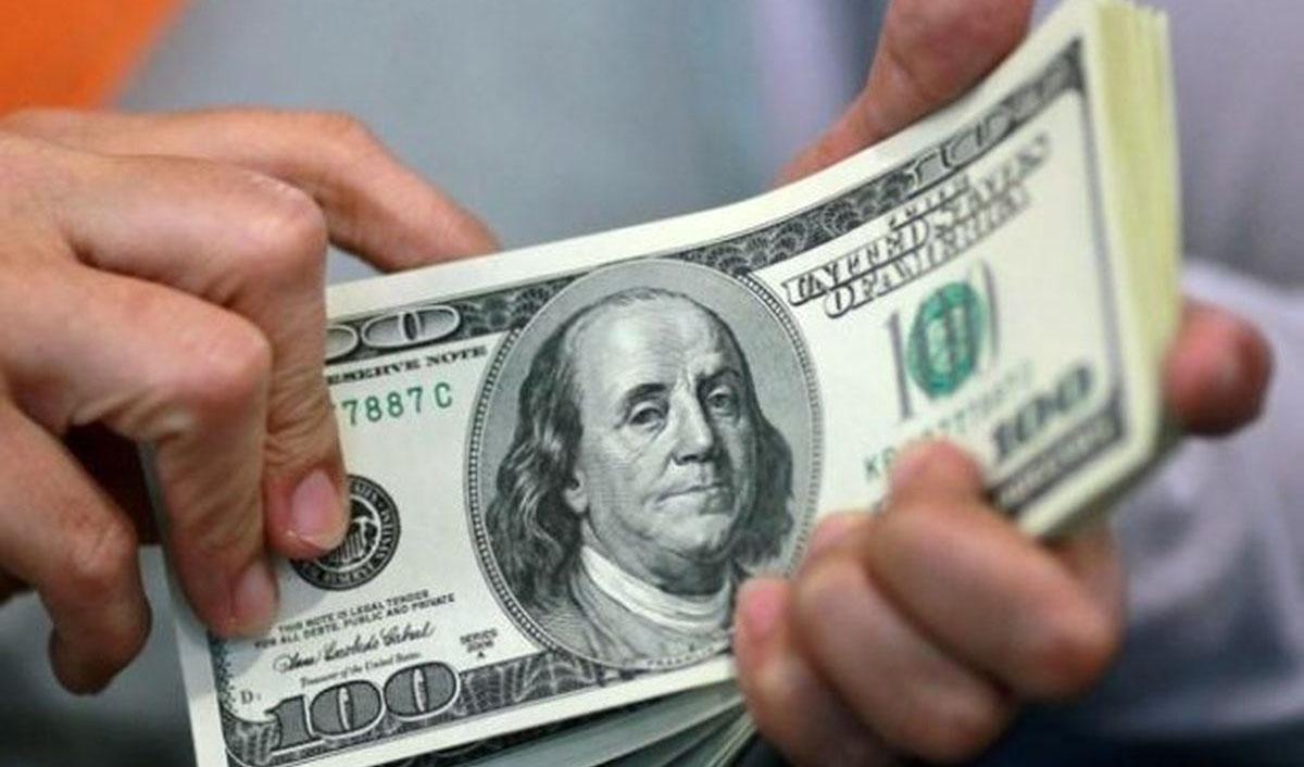 نرخ متوسط فروش دلار در بازار آزاد ۲ برابر شد