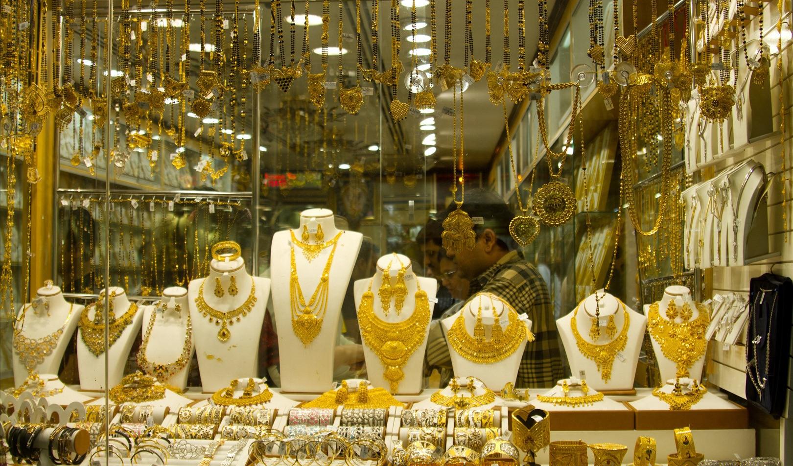 افزایش قیمت طلا در بازار به دلیل نوسان نرخ دلار