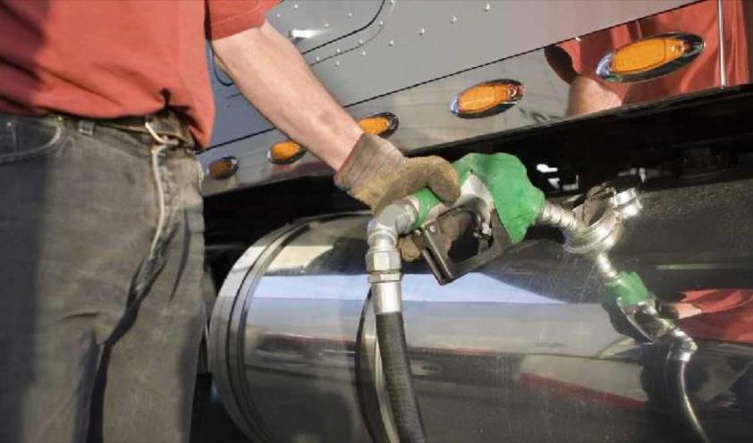 شارژ کارت سوخت خودروهای سنگین روزانه شد