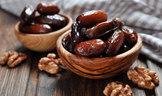 کمبودی در عرضه خرما برای ماه رمضان وجود ندارد/ نرخ هر کیلو خرمای مضافتی ۲۱ هزار تومان