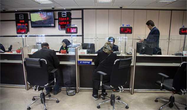 اولتیماتوم دژپسند به بانکها در مورد رعایت نرخ سود بانکی