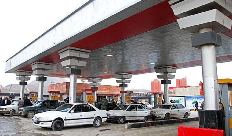 فروش بنزین ۷۰ درصد کاهش یافت/ بنزین سوپر، روی دست جایگاهداران
