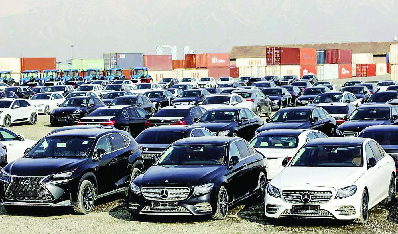 ترانزیت خودروهای لوکس و آمریکایی در مناطق آزاد منتفی شد