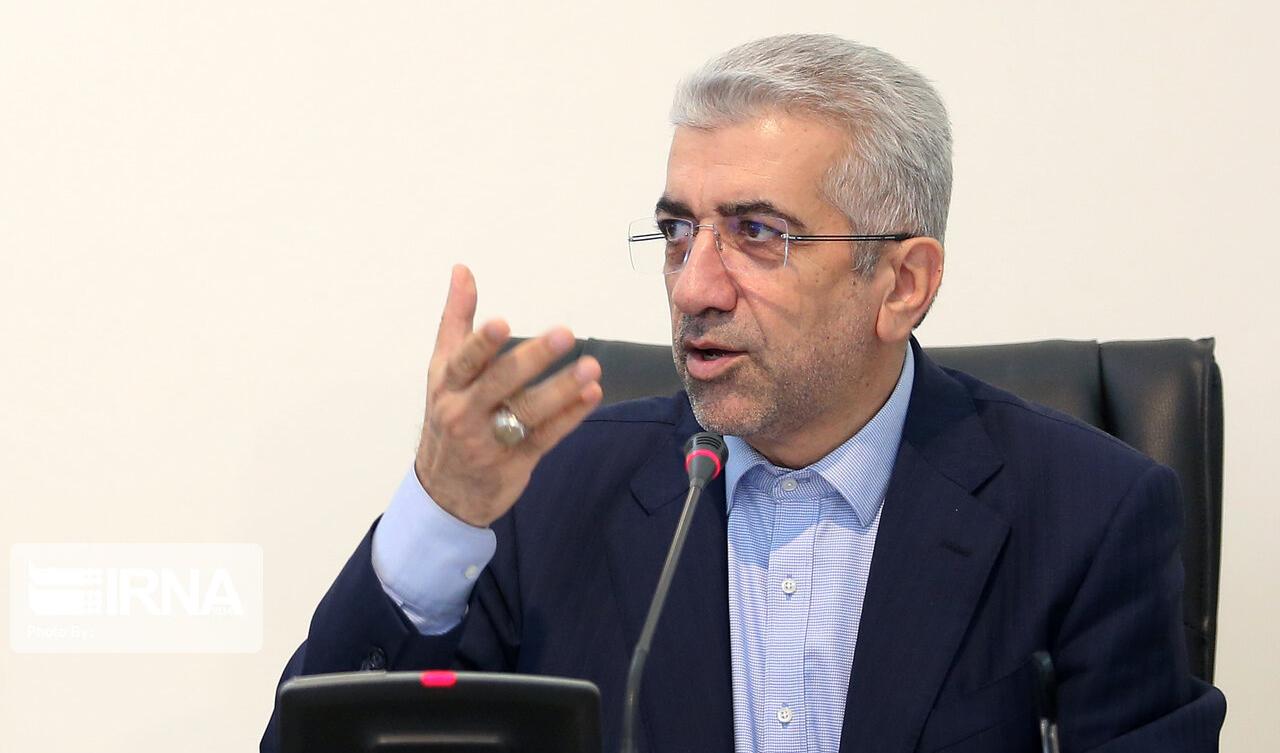 همزمان کردن سیستم برق ایران، روسیه و جمهوری آذربایجان بررسی شد