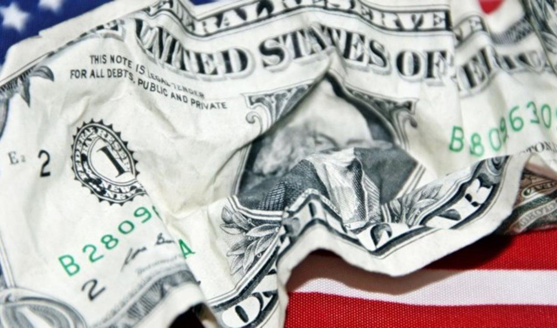 روسیه ۵ میلیارد دلار فروخت تا هر چه بیشتر از ارز آمریکا دور شود