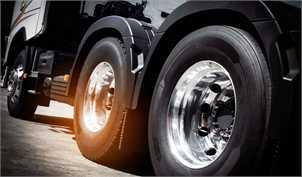 مشکلات لاستیکی کامیونداران همچنان پابرجا/ گرانی باوجود کاهش نرخ ارز