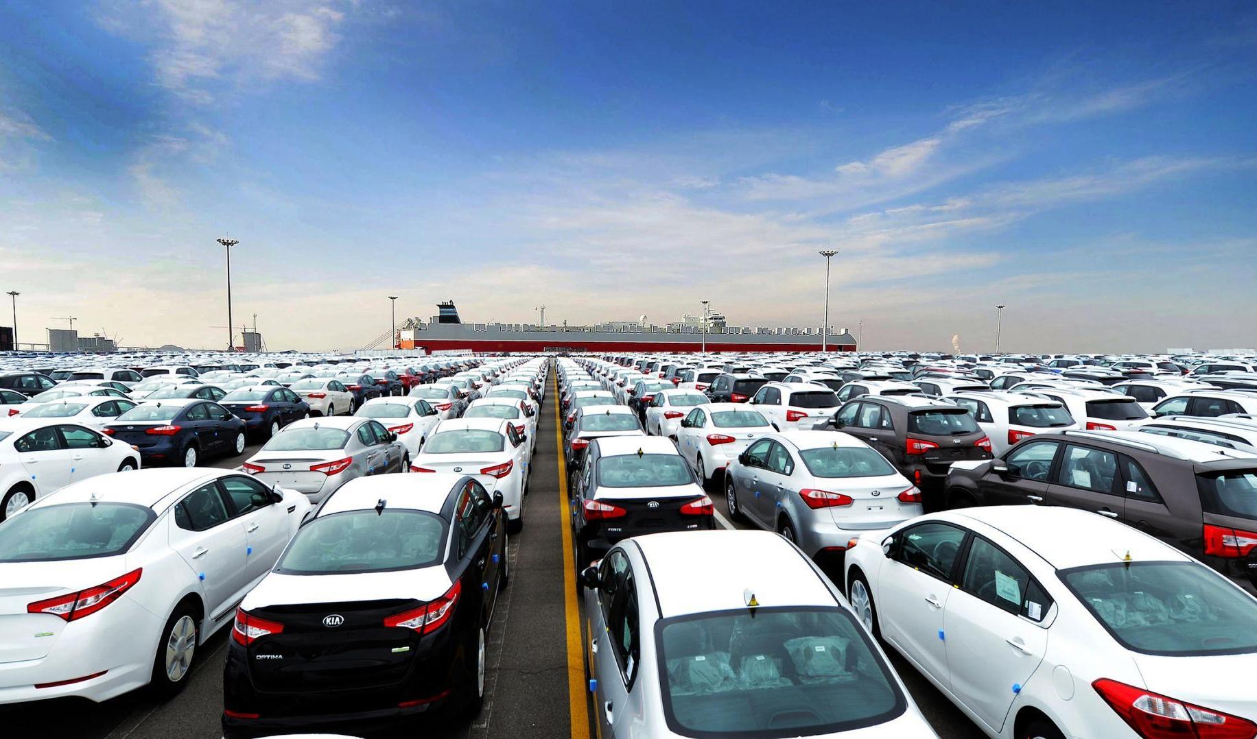 آخرین وضعیت خودروهای بلاتکلیف مانده در گمرکات اعلام شد