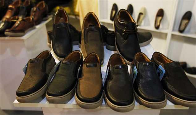 کاهش ۵۰ درصدی تولید کفش/ از صادرات کفش حمایت نمیشود