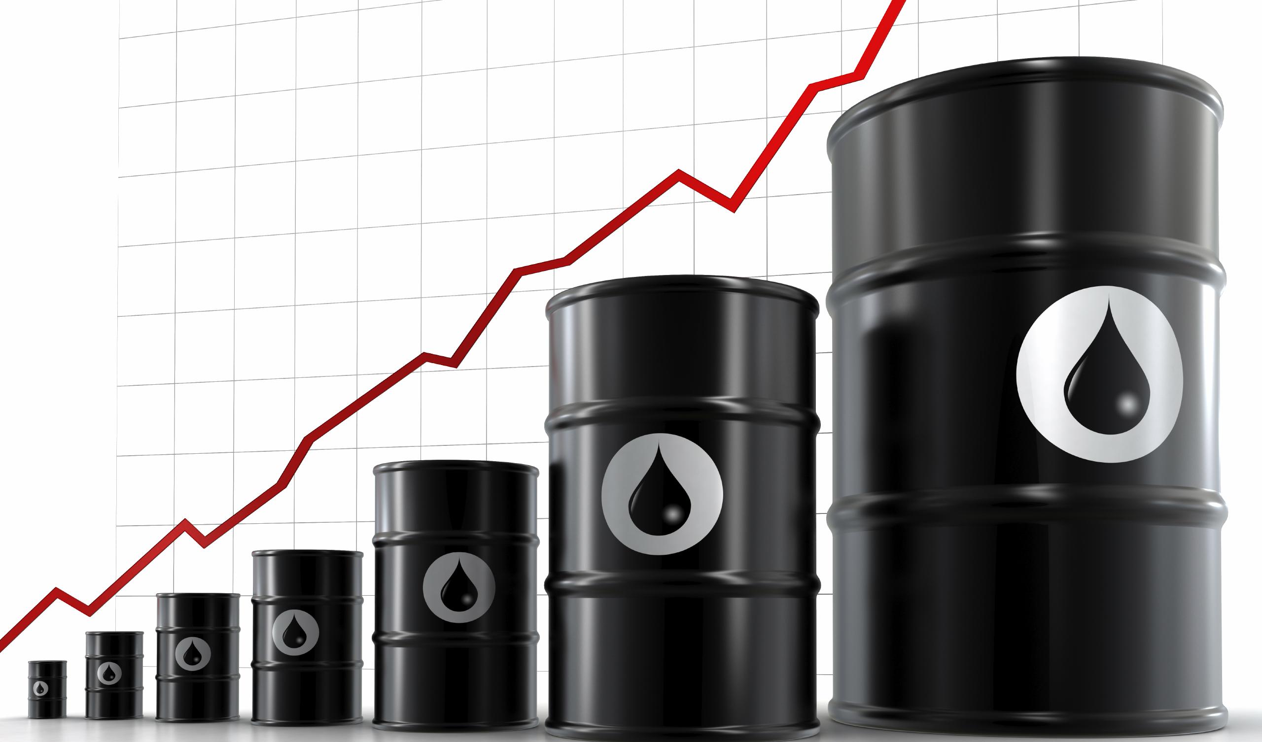 قیمت نفت خام به بالاترین سطح چندین سال اخیر جهش کرد