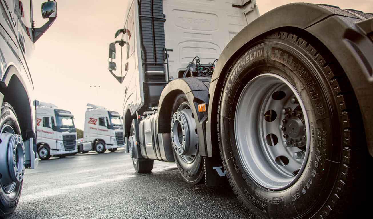 تخصیص لاستیک با ارز ۴۲۰۰ تومانی برای کامیونداران/ فرصت ۴۲ روزه رانندگان برای استفاده از لاستیک تشویقی