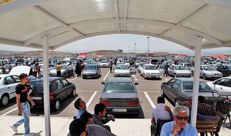 افزایش قیمت ها در بازار خودرو شدت گرفت/ پراید در یک قدمی ۱۴۰ میلیون تومانی