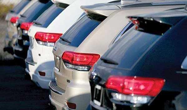 قیمت خودروها در تعقیب نرخ دلار!