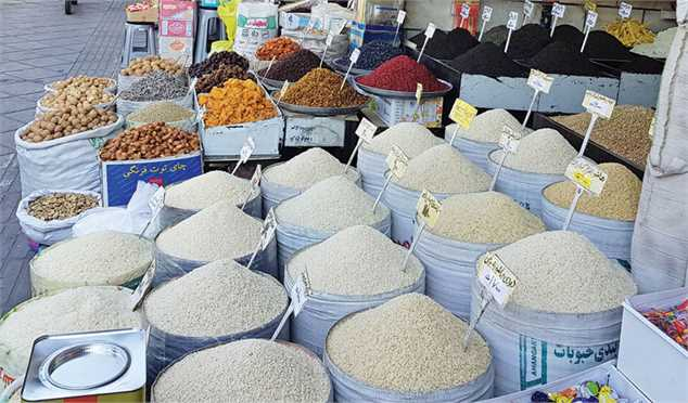 کاهش قیمت برنج در گرو کاهش نرخ ارز نیمایی و صدور مجوز واردات