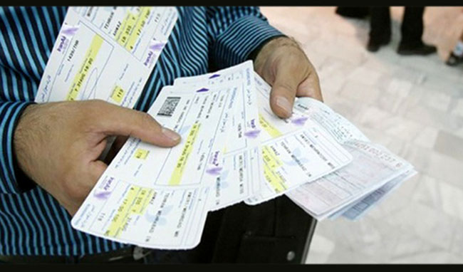 افزایش قیمت بلیت هواپیما غیرقانونی است/ وزارت راه جلوی گرانی بلیت را نگرفت و آن را پذیرفت