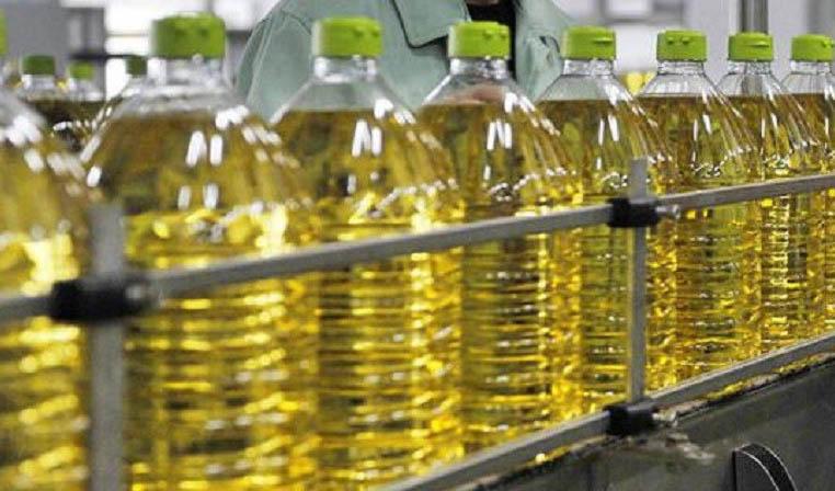 وفور روغن نباتی در بازار/ تأمین و تخصیص ارز؛ چالش صنعت روغن نباتی