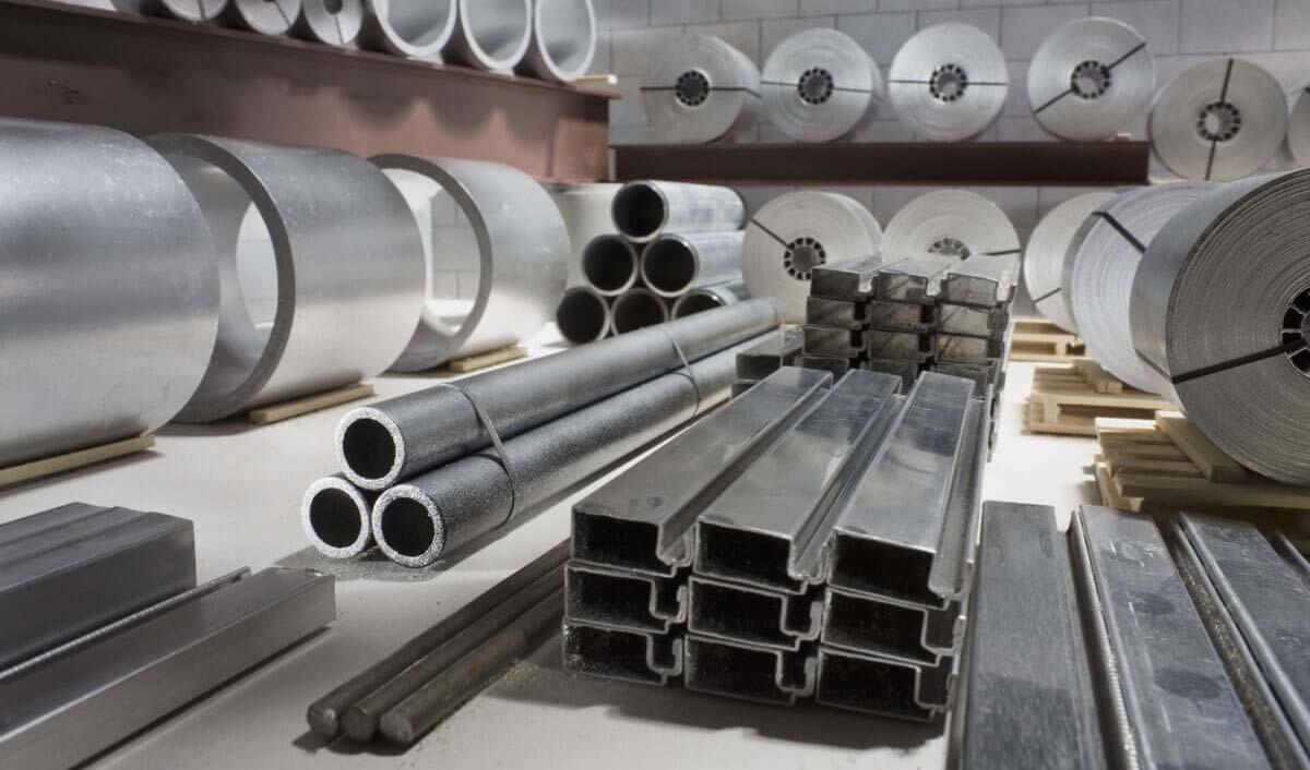 تعدیل انتظارات تورمی به رکود سنگین بازار مقاطع فولادی انجامید