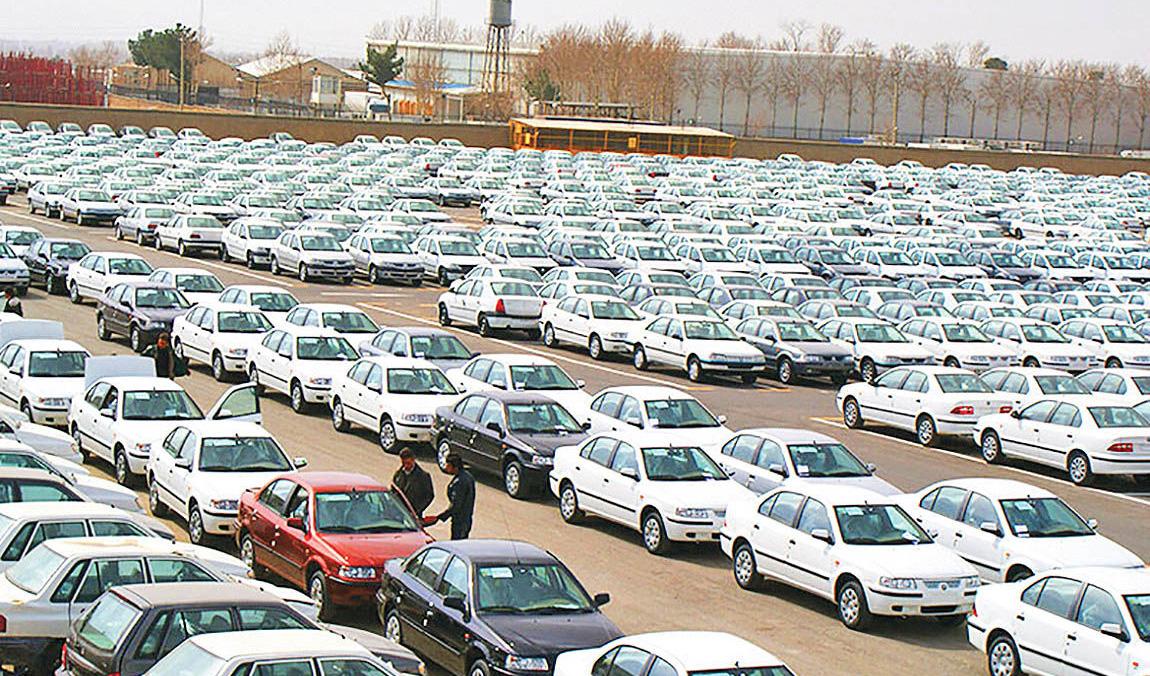 ریزش قیمت ها در بازار خودرو شدت گرفت/ سمند ۶ میلیون تومان ریخت
