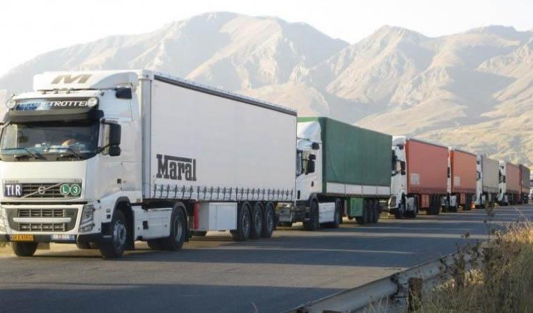 جزییات تردد کامیونهای ایرانی در مرزهای افغانستان
