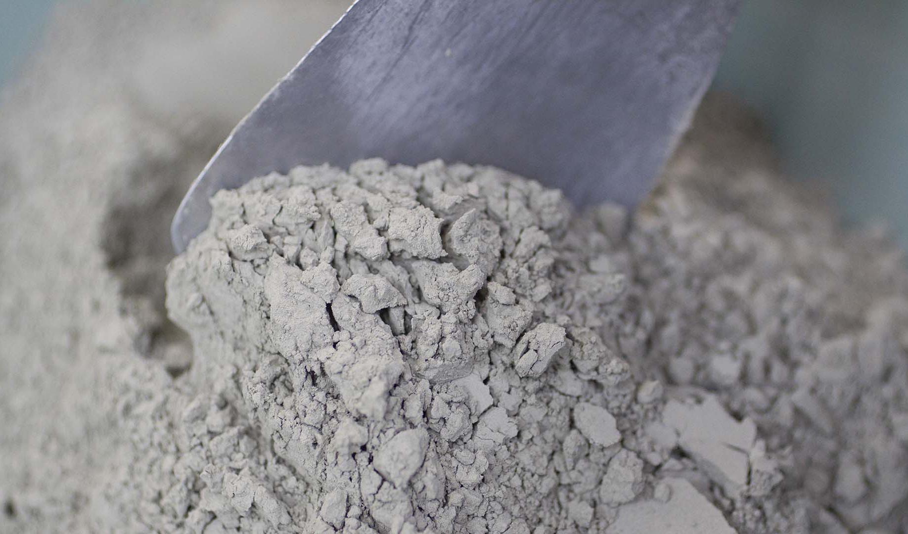 تداوم کاهش قیمت سیمان با همکاری استانها