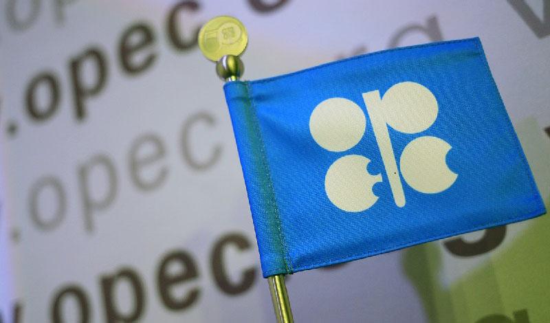 عدم تغییر برنامه تولید اوپک پلاس با وجود ۸۰ دلاری شدن نفت