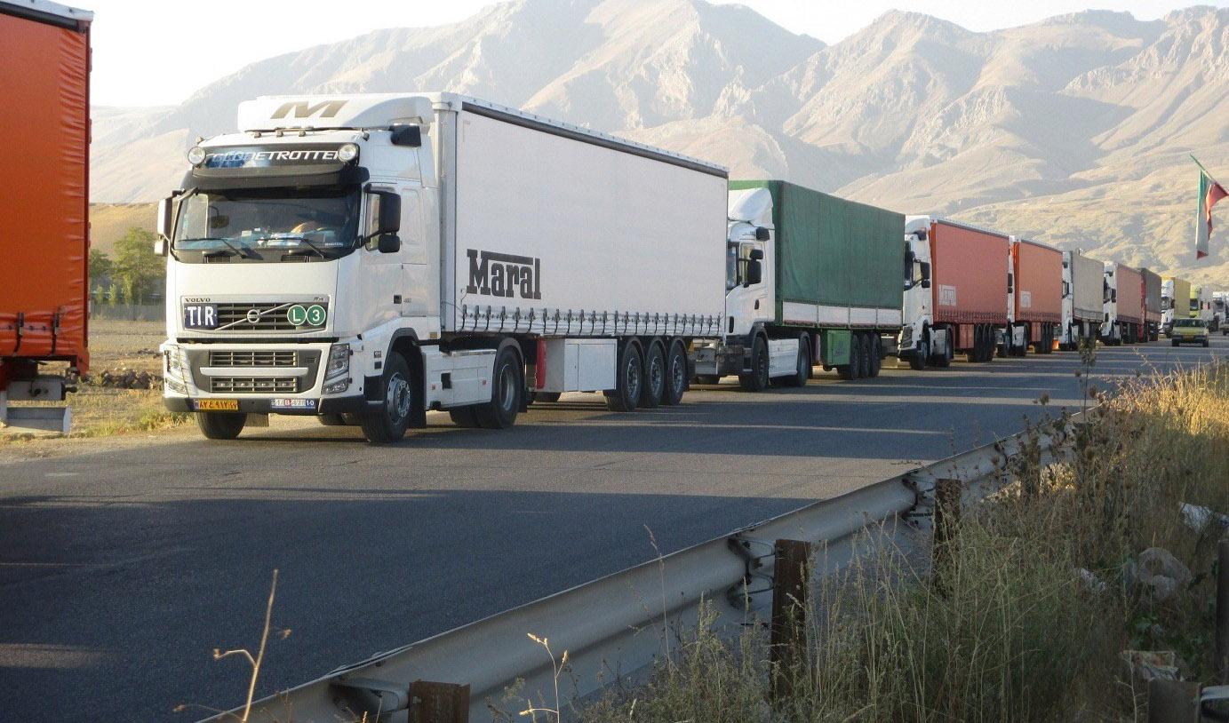 فعالسازی کریدور شرق به غرب اکو با ورود دو کامیون به ایران
