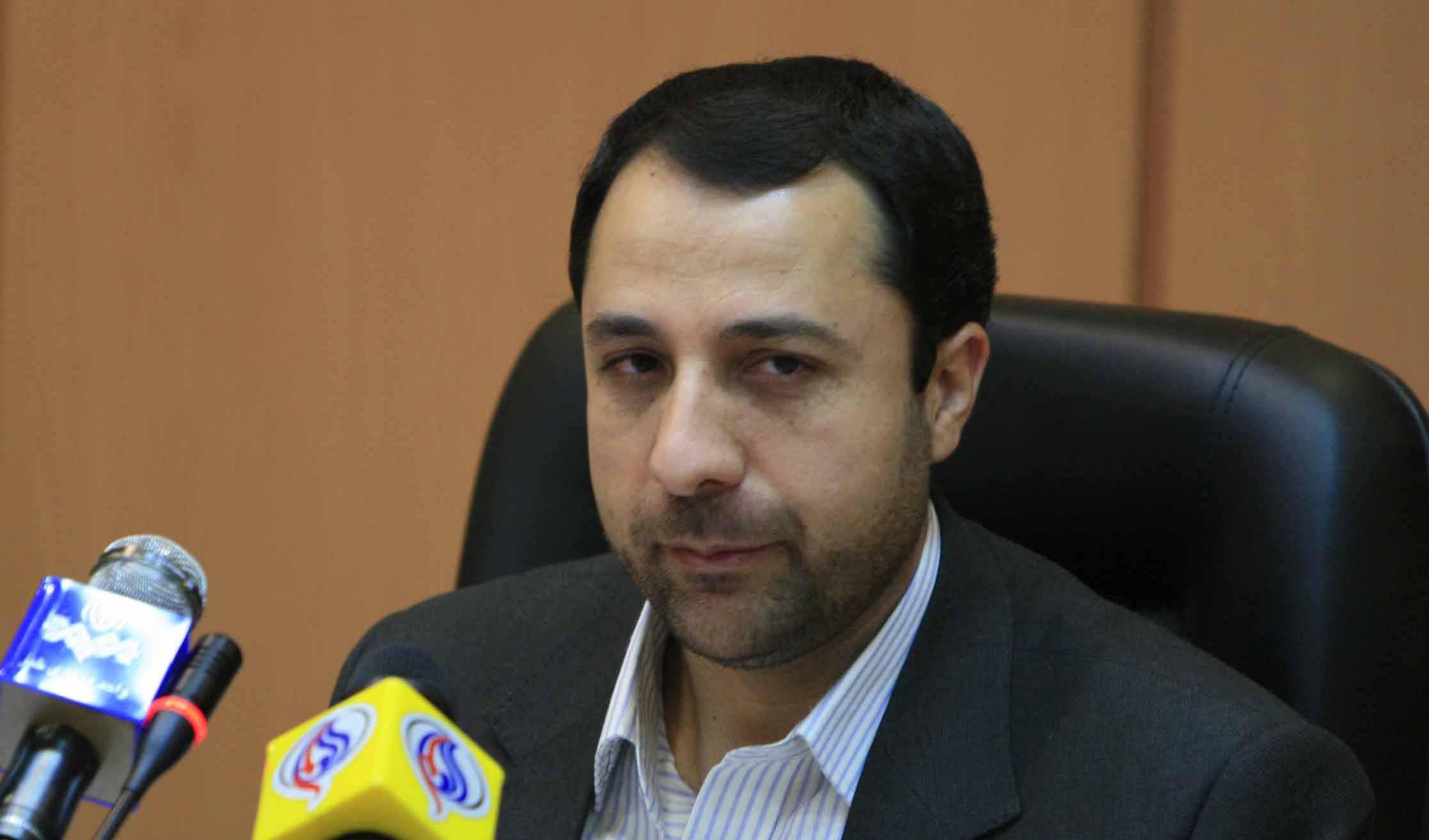 علی صالحآبادی به ریاست بانک مرکزی منصوب شد